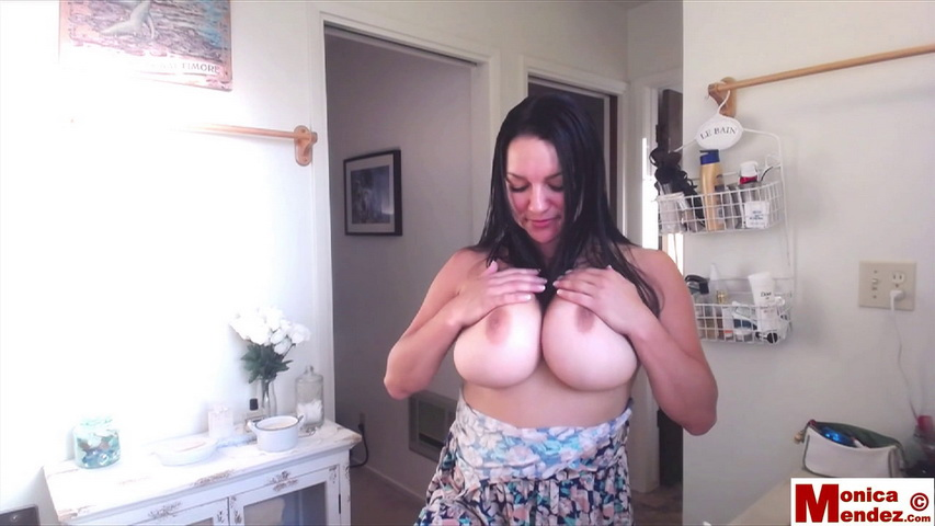 Monica mendez - webcam 34 - 5 minutes. Monica Mendez. Hey Guys