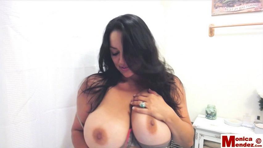 Monica mendez - webcam 35 - 5 minutes. Monica Mendez. Hey Guys!